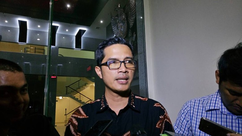 Puluhan Ribu Dolar Singapura Diamankan dari OTT Kader Golkar-Hakim