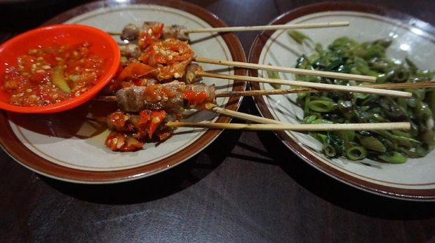 Kuliner sate tuna yang mirip sate Taichan (Wahyu/detikTravel)
