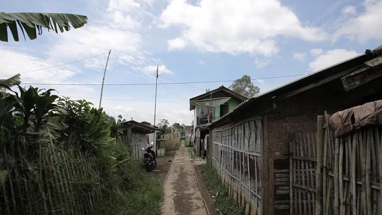 KAI Mulai Sosialisasi Rencana Hidupkan Jalur Kereta Mati Bandung-Ciwidey