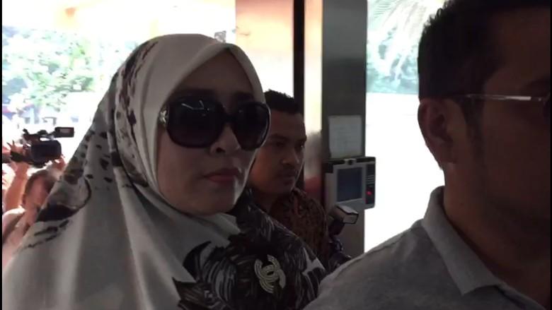 Polisi Tetapkan Firza Husein Tersangka Pornografi