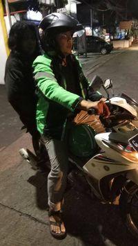 Driver Ojek Online Pastikan Foto Perempuan Viral Bukan Hantu