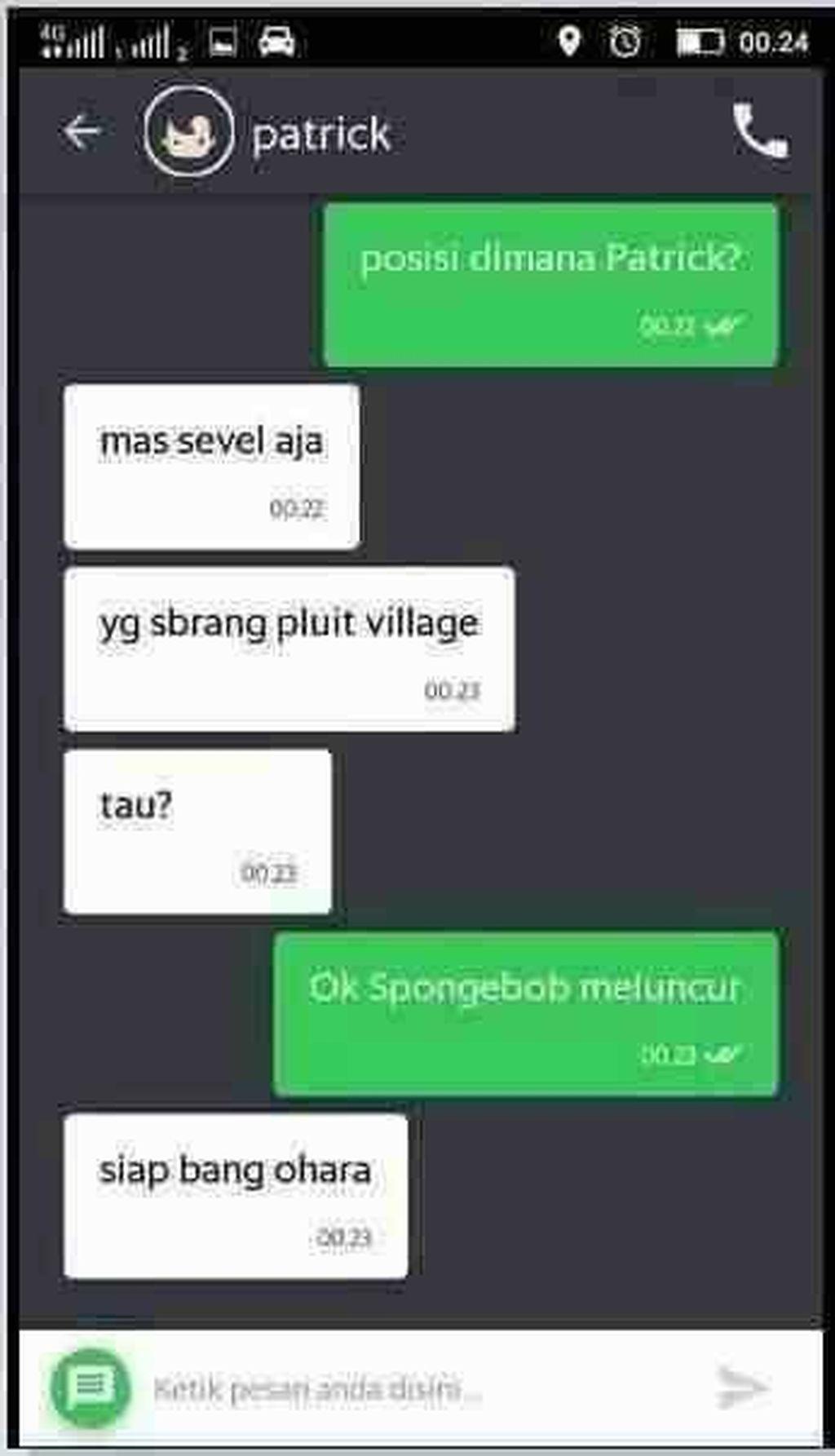Patrick, karakter bintang laut teman Spongebob, sekarang jadi driver ojek.(Foto: istimewa)