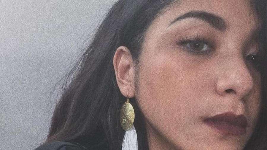 Kemesraan Nadine Waworuntu dengan Kekasihnya Adul