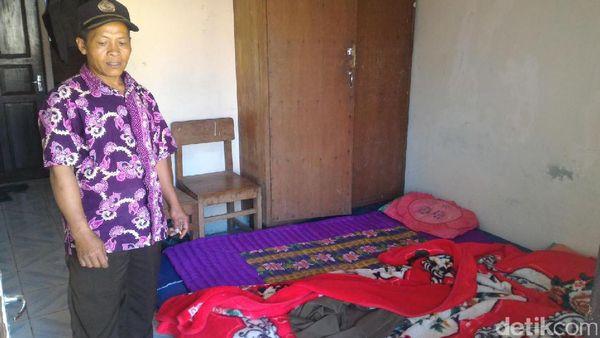 Kisah Guru SD Simego di Pekalongan yang Menginap di Sekolah