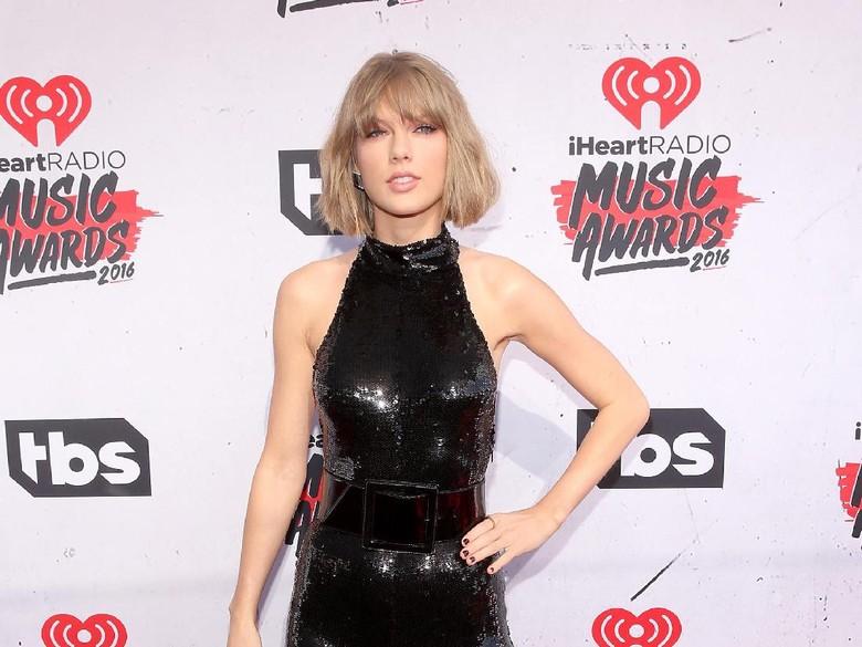Menang dalam Kasus Pelecehan Seksual, Taylor Swift Kantongi Rp 13,3 M
