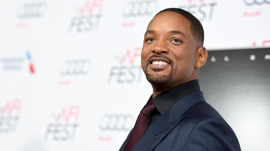 Main ke Pantai Bondi, Will Smith Jadi Reporter
