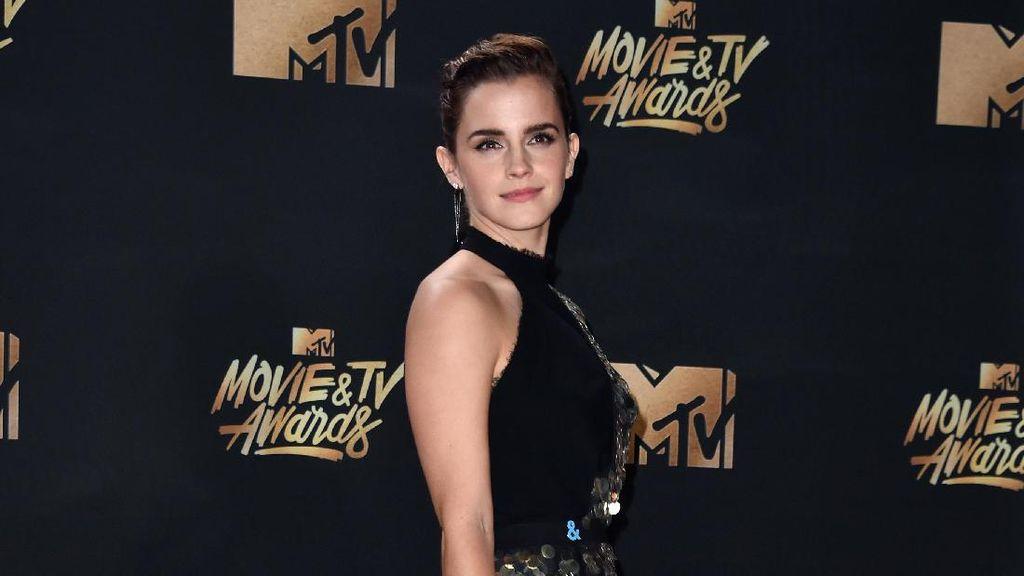 Foto Viral Wanita yang Mirip Emma Watson