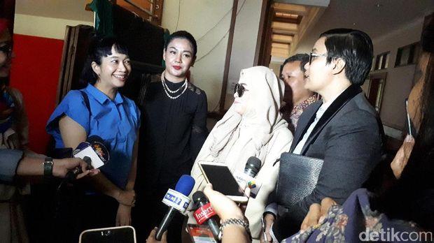 Istri Indra Birowo Bersaksi di Sidang Cerai Aming-Evelyn