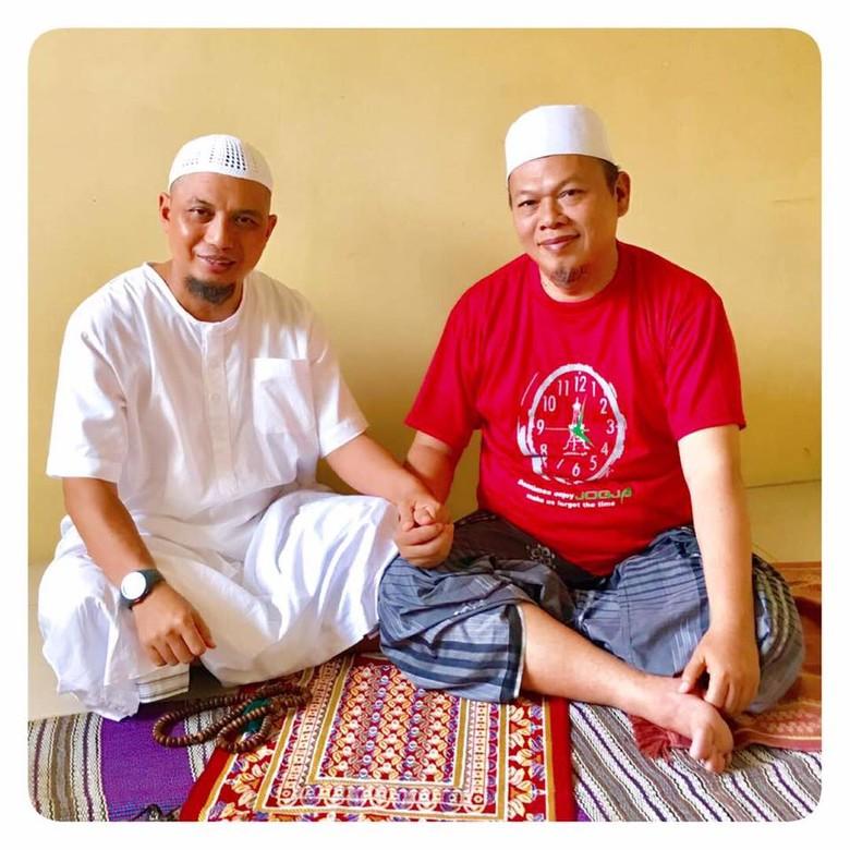 Arifin Ilham Jenguk Al-Khaththath dan Menyapa Ayahanda Kapolri