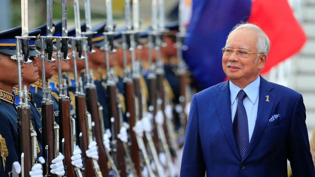 Apa yang Terjadi Usai Parlemen Malaysia Dibubarkan?