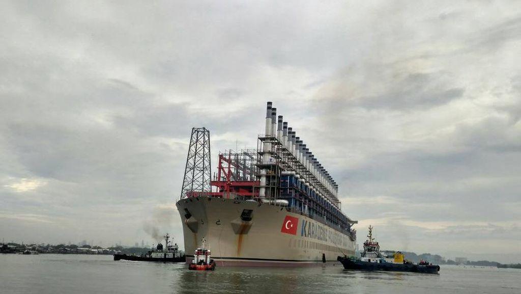 Ada Kapal Genset Raksasa, Sumut dan Aceh Tak Lagi Byar Pet Selama Puasa