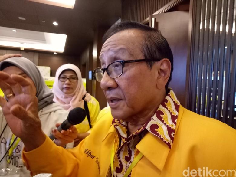 Setya Novanto Tersangka, Akbar Tandjung: Golkar Perlu Pemimpin Baru