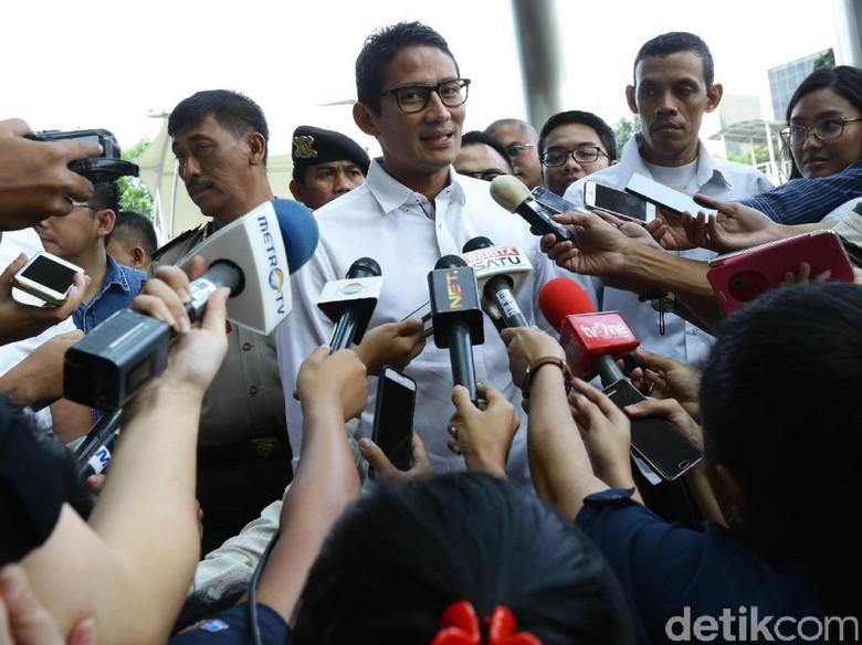 Berdayakan PKL, Sandiaga Ajak Kerja Sama dengan Pemprov