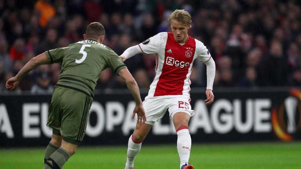 Bosz: Kasper Dolberg Bukan Titisan Ibrahimovic atau Bergkamp