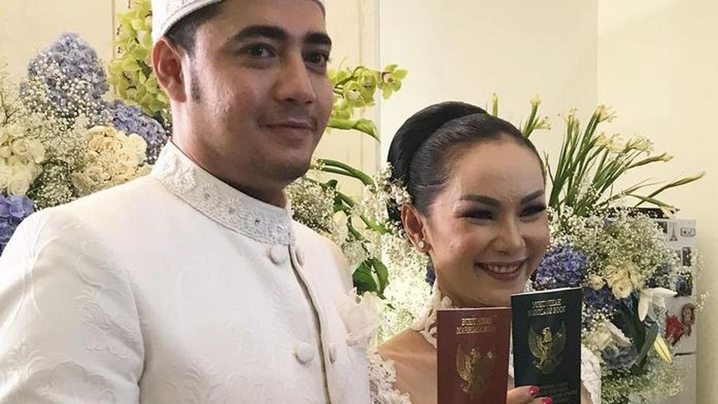 Banyak Masalah Setelah Menikah, Kalina Oktarani Fokus Bisnis