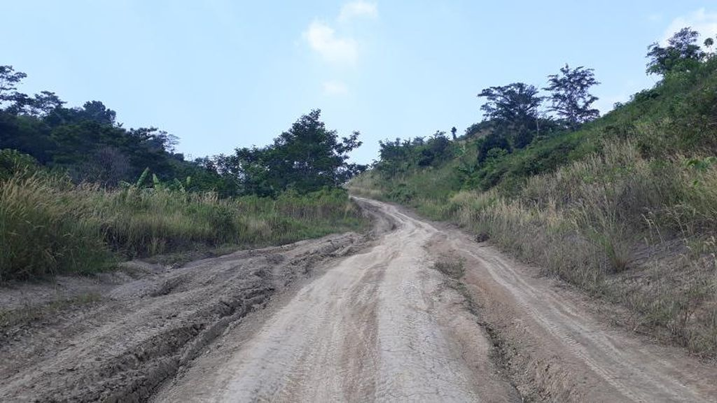 Warga Minta Pembangunan Jalur Puncak II Kembali Dilanjutkan