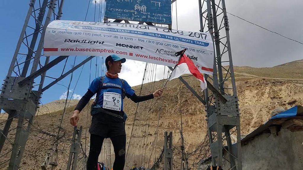 Pemanasan Jelajah Kutub Selatan, Hendra Wijaya Tuntaskan Lari 1.800 Km Himalaya