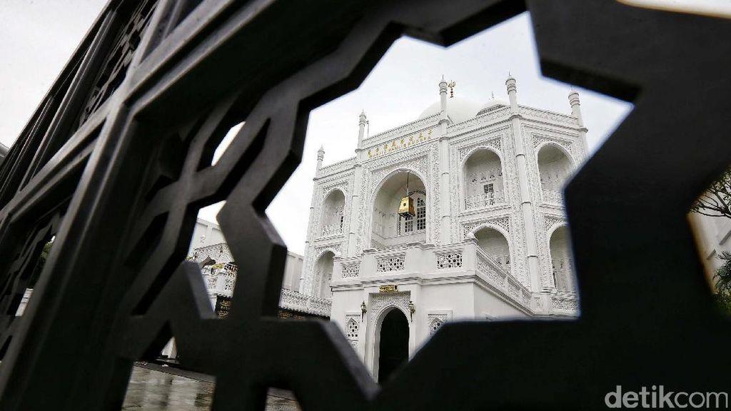 Mirip Taj Mahal, Ini Masjid Ramlie Musofa di Sunter