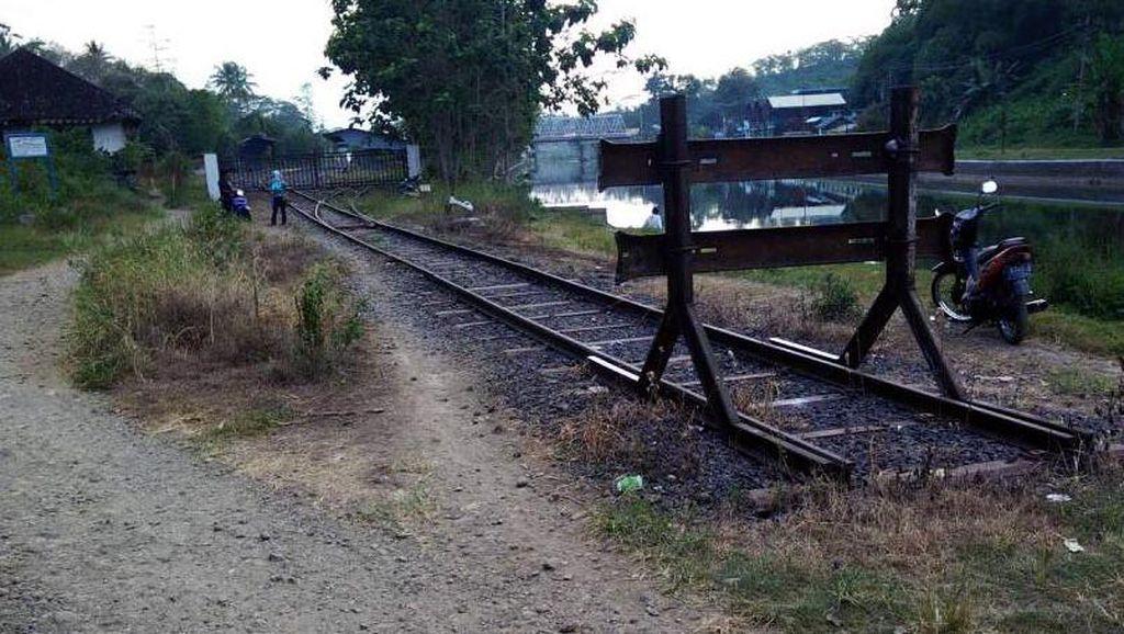 Ada Longsor Jalur KA di Grobogan, 9 Perjalanan Kereta Berubah Rute