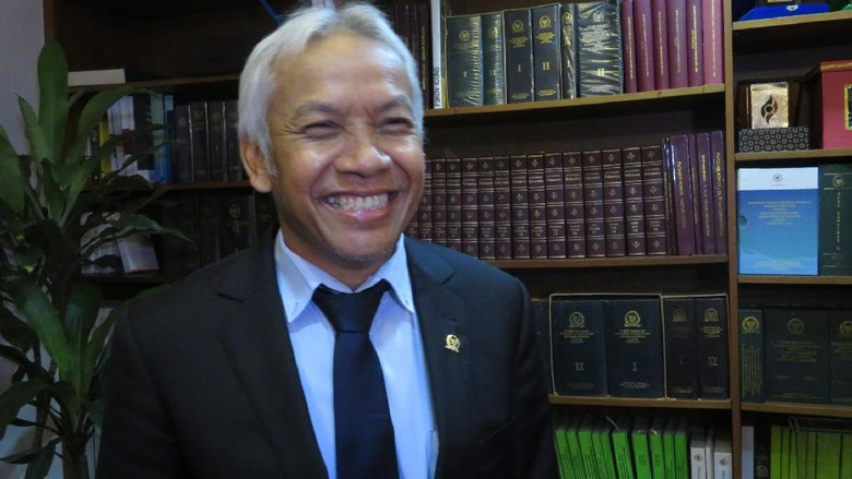 Wiranto Batalkan Pj Gubernur dari Polri, DPR: Yang Putuskan Presiden