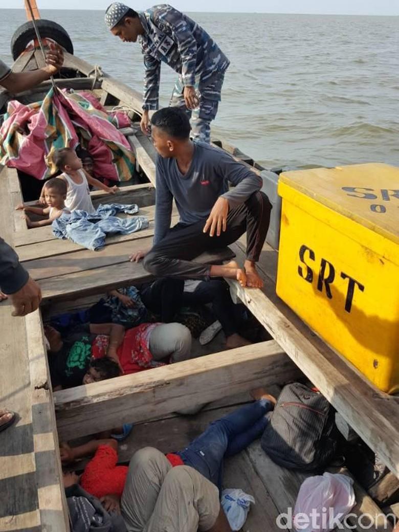 Imigran Bangladesh Tepergok Ikut 10 WNI akan Menyeberang ke Malaysia