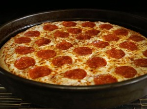 Sajikan Pizza Halal dengan Daging Babi, Gerai Pizza Ini Dituntut 1.3 Triliun Rupiah