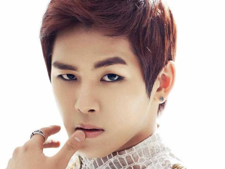 Hengkang dari INFINITE, Hoya Gabung Glorious Entertainment