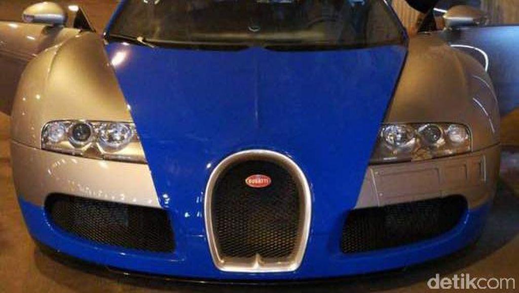 Ngebut Bareng Bugatti Veyron di Mana Ya?