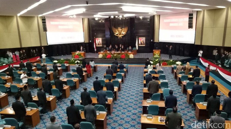 DPRD DKI Gelar Paripurna Tanggapan Fraksi soal APBD 2016