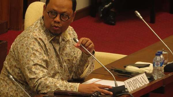 Komisi II Minta Kemendagri Siapkan Suket untuk Pemilih Pemula