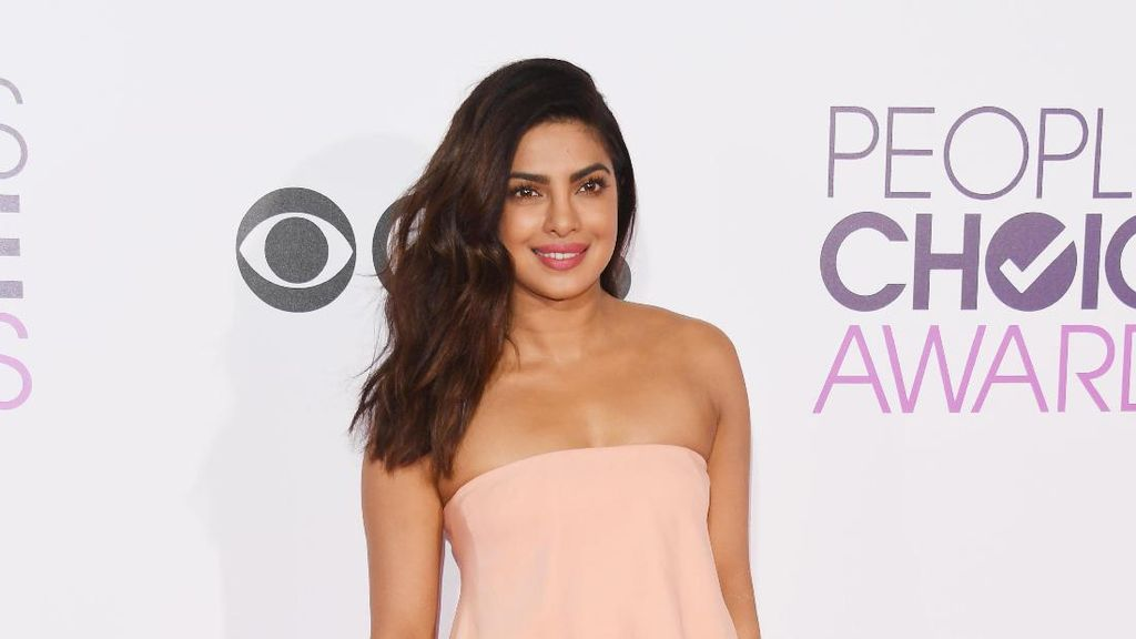 Aktris Berkulit Eksotis Ini Menyesal Pernah Bintangi Iklan Krim Pemutih