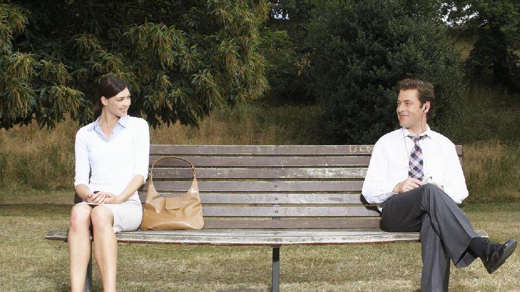 Niat Serius Menikah Tapi Pasangan Tidak Juga Memberi Kejelasan Hubungan