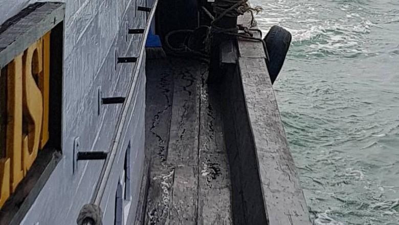 Tak Ada Korban Jiwa dalam - Semarang Kapal Motor Dharma Kencana II kebakaran saat dalam perjalanan menuju Kalimantan dari Tidak ada korban jiwa dala
