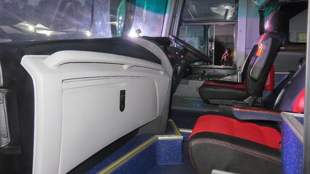 MotoBus, Motor dan Pengendaranya Bisa Ikut Naik Bus