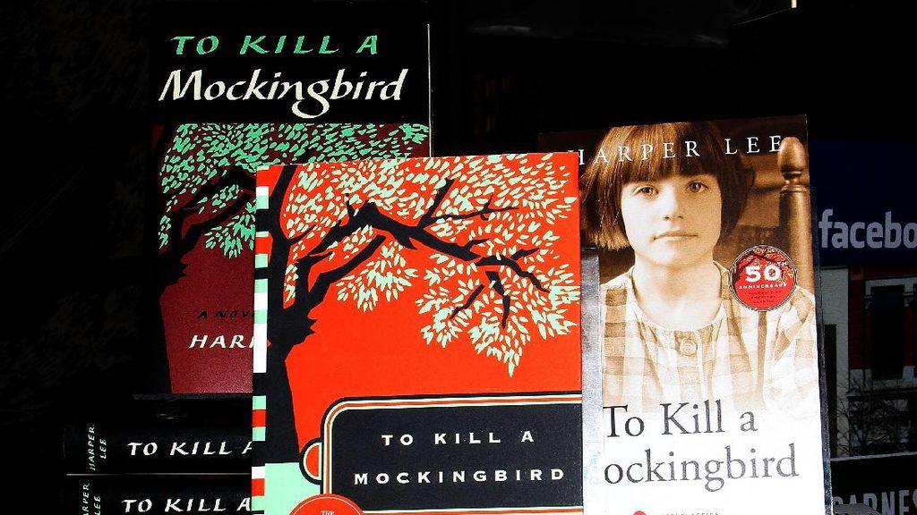 Produser Broadway To Kill a Mockingbird Tuntut Balik Harper Lee