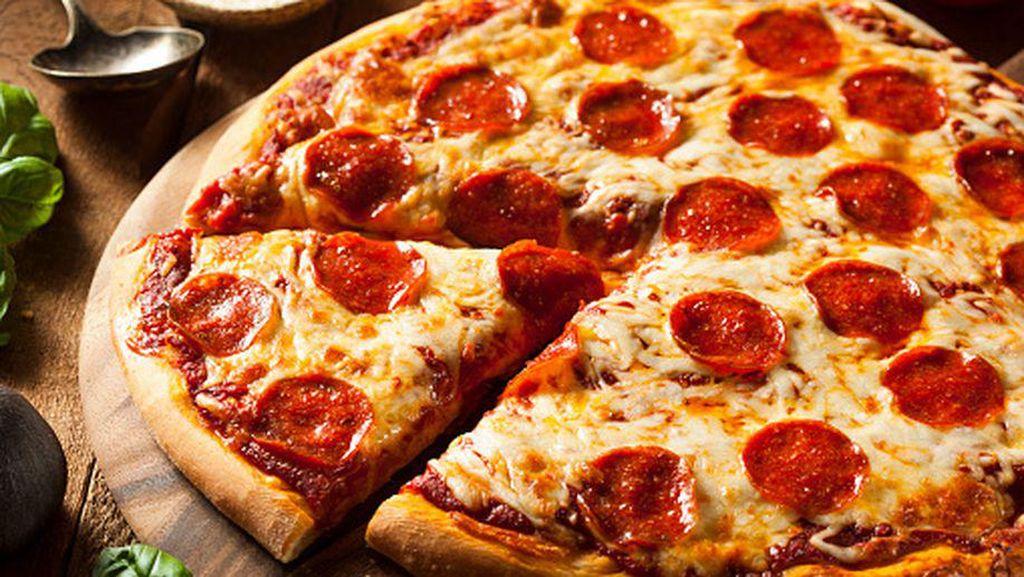 Apa Benar Pizza Bisa Tingkatkan Produktivitas Kerja?
