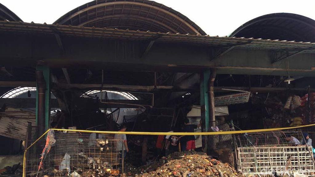 Kebakaran di Pasar Kramat Jati, Pedagang Rugi Hingga Rp 2 M