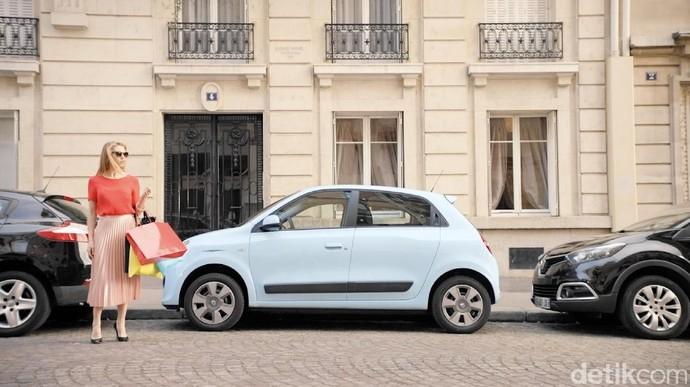 Cat Kuku untuk Poles Mobil