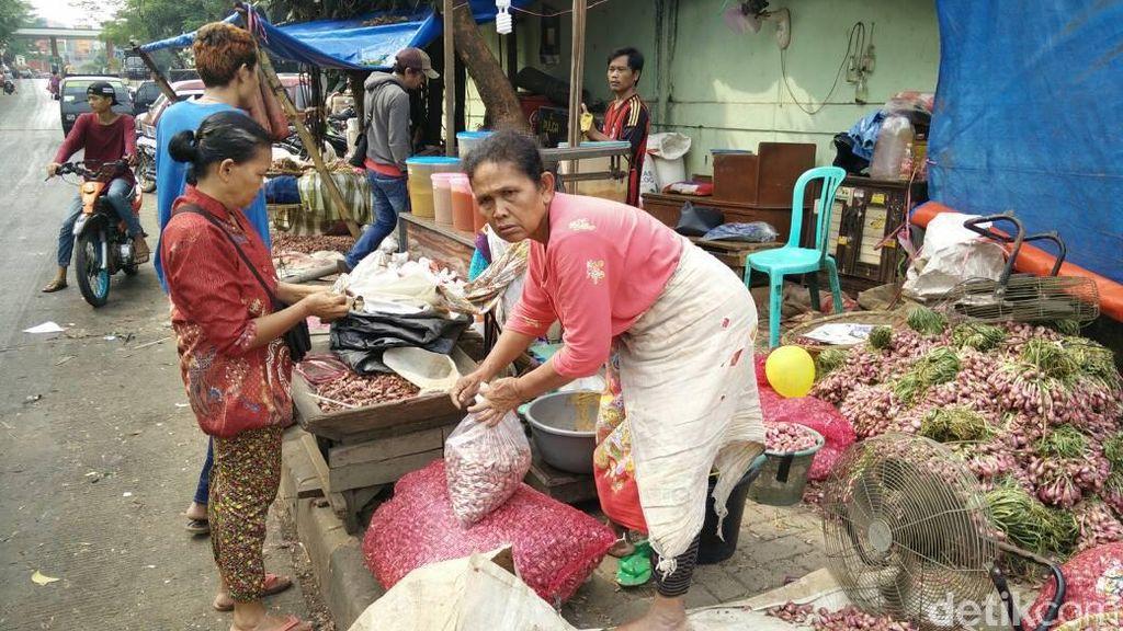 Pasca Kebakaran, Harga Bumbu Dapur di Pasar Kramat Jati Tak Naik