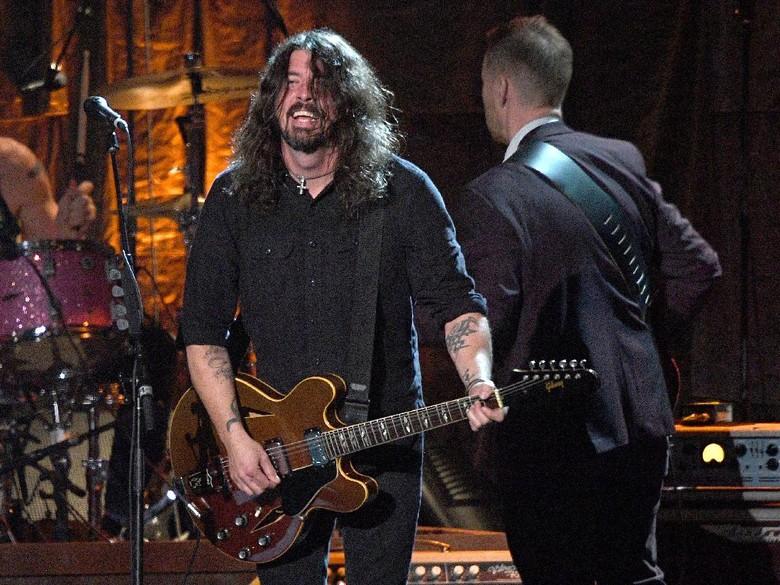 Dave Grohl Akui PJ Harvey Punya Pengaruh pada Album Baru Foo Fighters