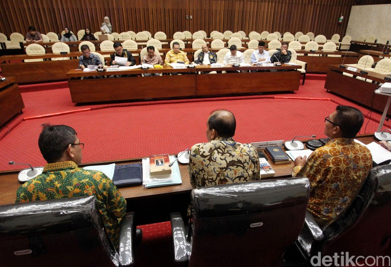 Pimpinan Pansus Hak Angket: KPK Penuh Pencitraan