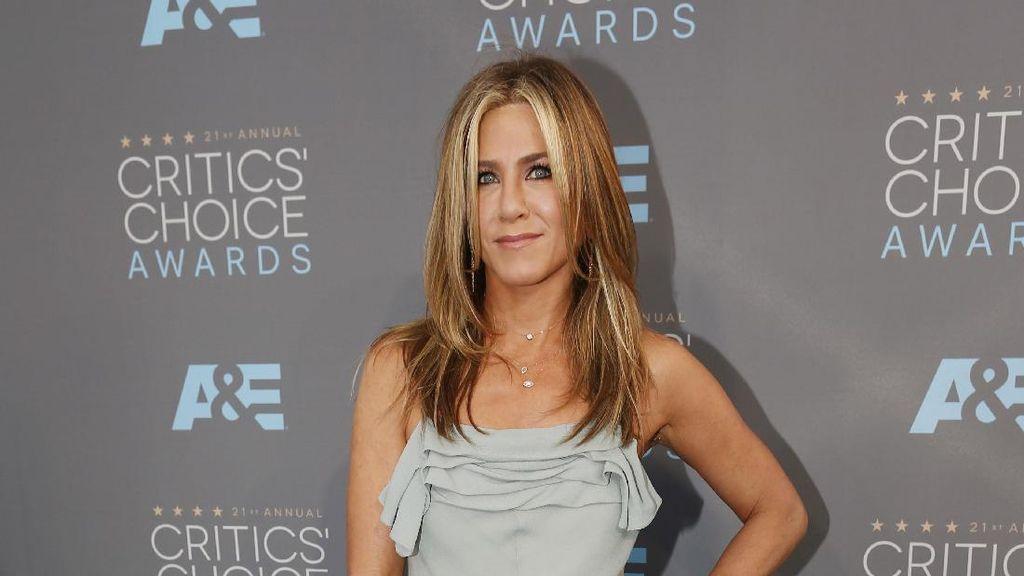 Rahasia Kecantikan Jennifer Aniston Awet Muda di Usia 48