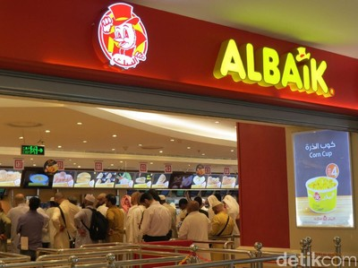Ayam Al Baik dan Aneka Tempat Makan Enak di Makkah