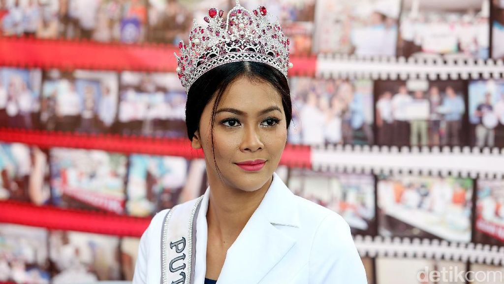 Bunga Jelitha Kurangi Porsi Makan Demi Sesi Baju Renang di Miss Universe