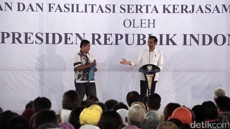 3 Tahun Keliling RI, Jokowi Sudah Bagikan 140 Ribu Sertifikat Tanah