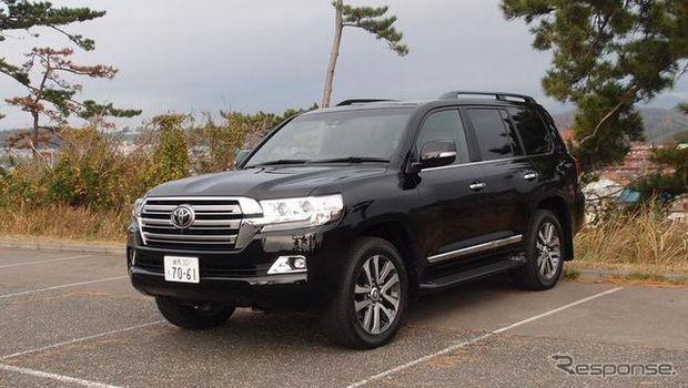 Toyota Land Cruiser 200 sering disebut Raja Jalanan di luar negeri