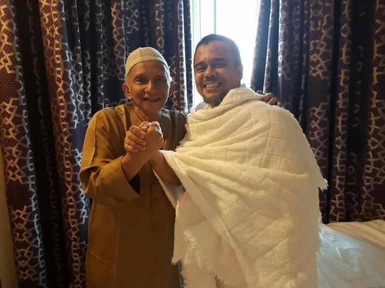 Selain dengan Zakir Naik, Habib Rizieq Bertemu Amien Rais di Saudi