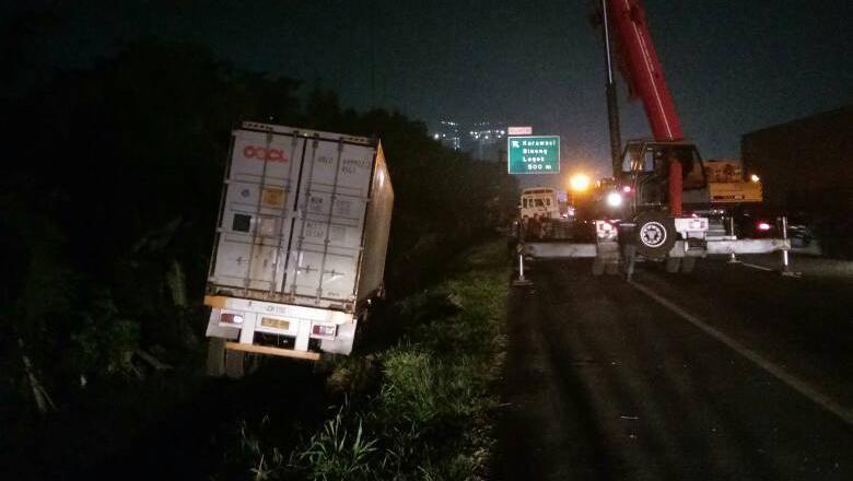 Ada Kecelakaan Truk, Arus Lalu Lintas Tol Karawaci Macet