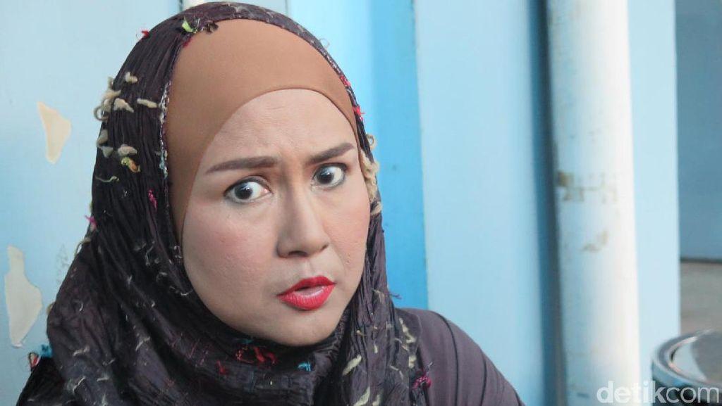 Ria Irawan Puji Servis First Travel: Saya Nggak Promoin yang Murah
