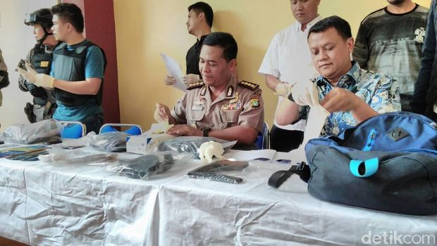 1 Pelaku Tewas, Polisi Masih Buru 'Kapten' Perampokan di Daan Mogot